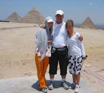 享受金字塔景象
